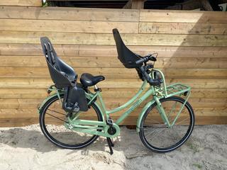 Fiets + 2 fietsstoeltjes   20,50 per dag